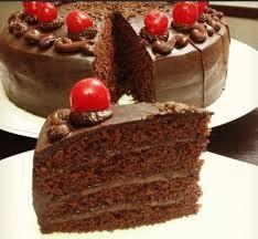 طبقات الكيك بالشوكولاه