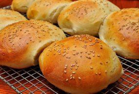 صنع الخبز بالحليب