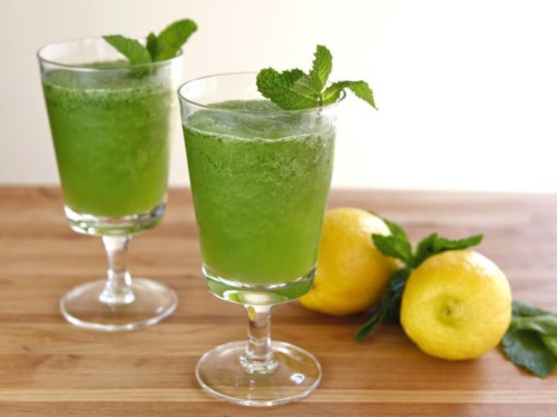 تحضير عصير الليمون بالنعناع