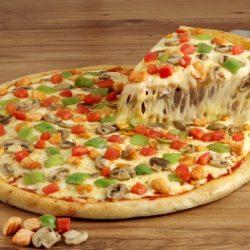 عجينة البيتزا باللبن