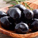 طريقة إعداد مخلل الزيتون الأسود