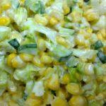 إعداد سلطة الذرة والبطاطا بالمايونيز