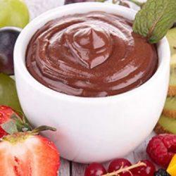 سلطة الفواكه بالشوكولاتة
